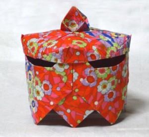 「器(うつは)」:蓋付高八足菓子鉢